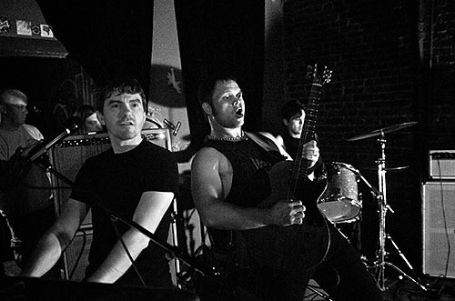 Boss Martians live at The Comet Tavern